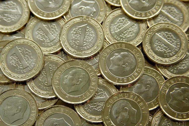 De Turkse lira steeg met 4,4 procent ten opzichte van de dollar na de verkiezingsuitslag. Beeld