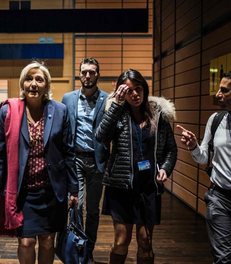 Kabinetschef van Le Pen aangeklaagd voor misbruik EU-geld