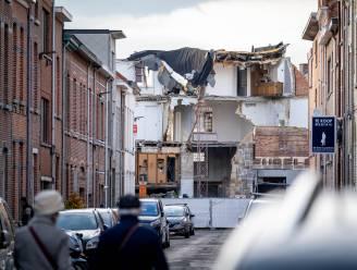 """Anderhalf jaar na instorting voormalige supermarkt staat bouwval er nog altijd: """"Stortplaats en gevaar!"""""""