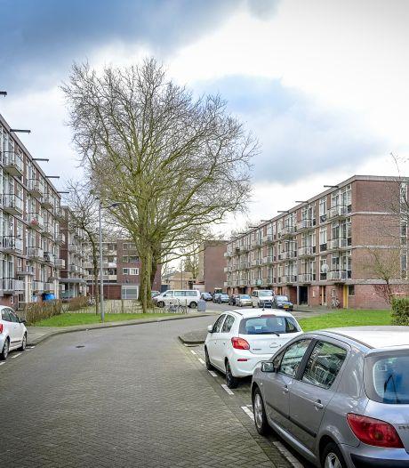 Rotterdammers in de bijstand runden volgens justitie 'postorderbedrijf' met drugs: celstraffen geëist