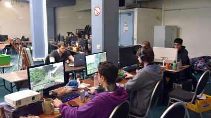 Vijftig studenten gamen hele weekend lang