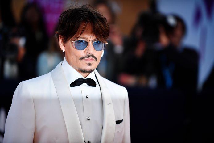 Een maand voordat de rechtszaak van Johnny Depp tegen zijn voormalige advocaten van start zou gaan, hebben de partijen een overeenkomst gesloten. Volgens Deadline krijgt de acteur zo'n tien miljoen dollar van het advocatenkantoor.