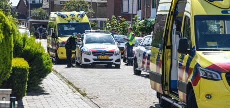 Zwaargewonde bij steekpartij op Karel Doormanstraat in Bodegraven; een aanhouding