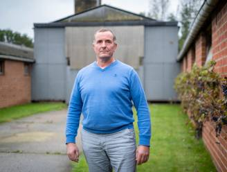 """Landbouwer uit Hallaar Koen Staquet klaagt gang van zaken in dossier voetbalclub Molenzonen aan: """"Gemeente kondigde aan dat alles rond was, maar grondeigenaars hadden nog niks gehoord"""""""