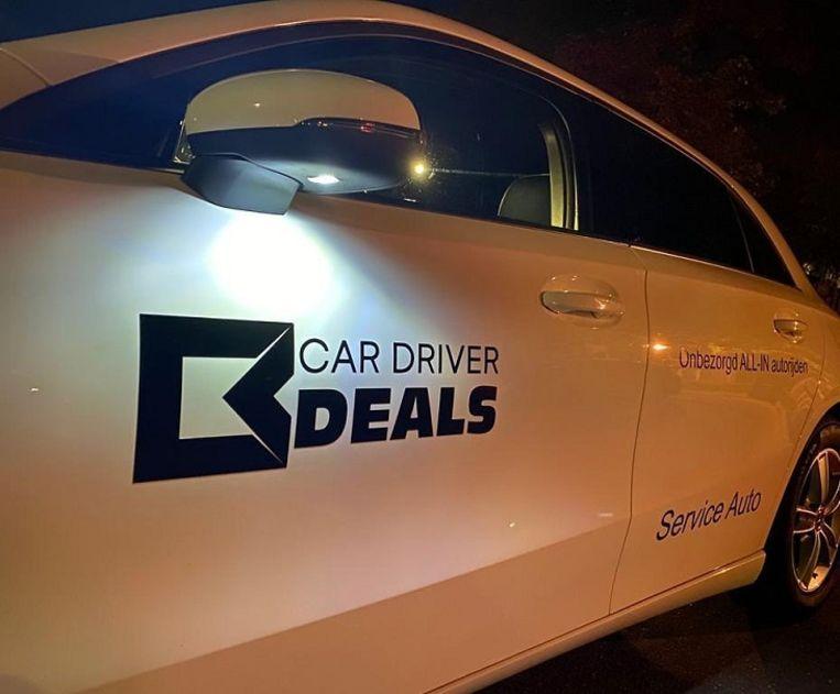Sommige klanten van Car Driver Deals betaalden meer dan 15 duizend euro vooruit. Klanten die tevens hebben geïnvesteerd in de bv's van de broers Golsteijn zijn zelfs meer dan 100 duizend euro kwijt. Beeld .