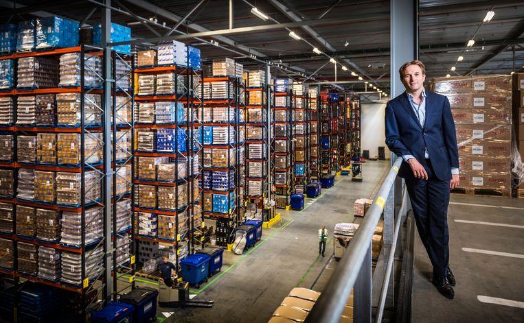 Roderick de la Houssaye, oprichter en directeur van Nedcargo, verwacht dat veel geïmporteerde producten duurder worden door de hoge vracht- en containerprijzen. Beeld Rob Lamping