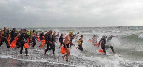 Vier zeezwemtochten langs Walcherse kust, de eerste start in Dishoek