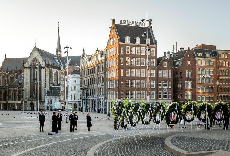 Nationale Dodenherdenking 2020 vanaf de Dam in Amsterdam. De Dam was vorig jaar vanwege de coronamaatregelen niet toegankelijk voor publiek. Beeld Brunopress
