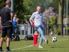 Ron Vlot is niet langer voetbaltrainer: 'Ik kan het niet meer combineren met mijn werk'