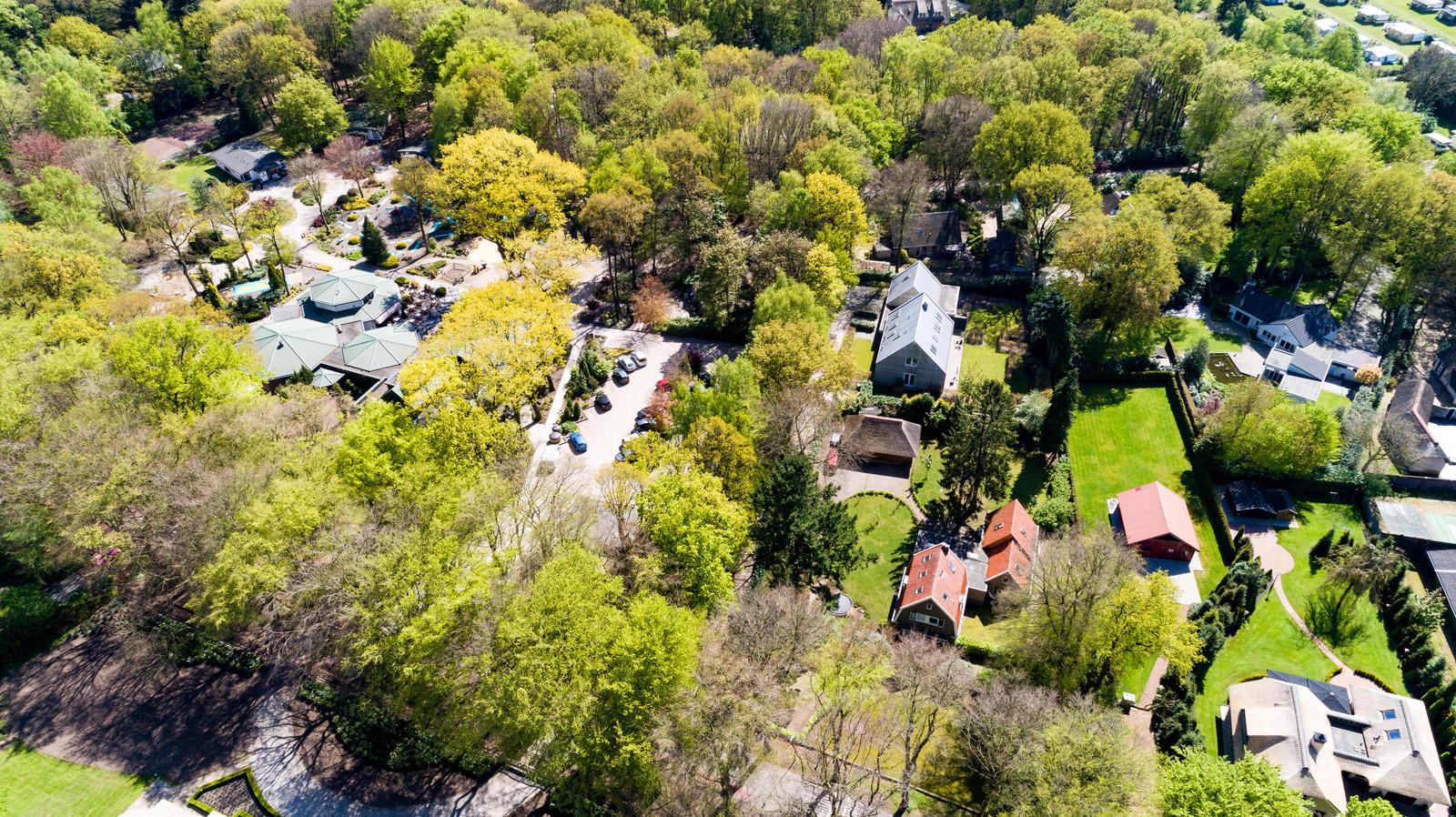 Luchtfoto van de WZCO-locatie Molenweg in Hierden.