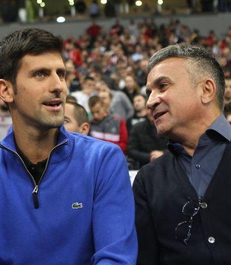 """Le père de Djokovic égratigne encore Federer: """"Un grand champion mais pas un grand homme"""""""