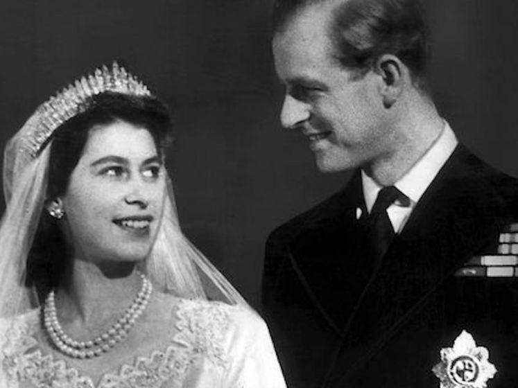 Prachtige archiefbeelden: dit was het huwelijk van prins Philip en Queen Elizabeth