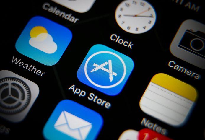 Gebruikers van iPhones  kunnen alleen via de App Store applicaties van derde partijen installeren op hun smartphone of tablet.