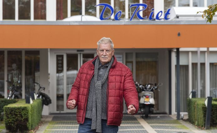 Hendry Bosch gaat opnieuw de strijd aan om het wijkcentrum in De Riet open te houden