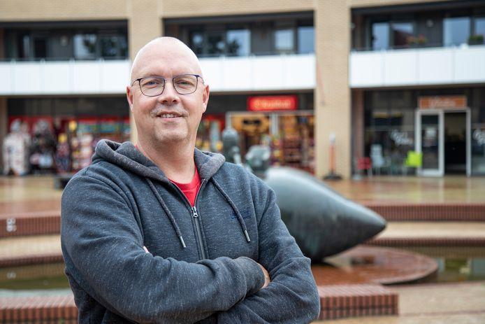 Marcel Otter (48) heeft afscheid genomen als voorzitter van wijkvereniging De Kruidenwijk.