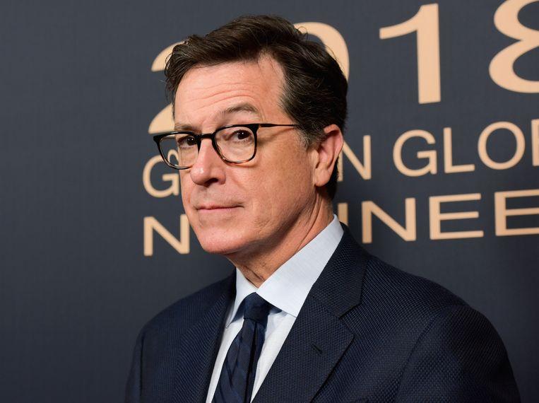 Komiek Stephen Colbert, gastheer van 'The late show', nomineerde zichzelf via een grote affiche op Times Square in New York in