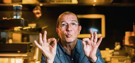 Franse tv-kok Alain Caron proeft Alphens wijntje op nationale tv