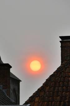 Wat doet die oranje vuurbal boven  Twente?