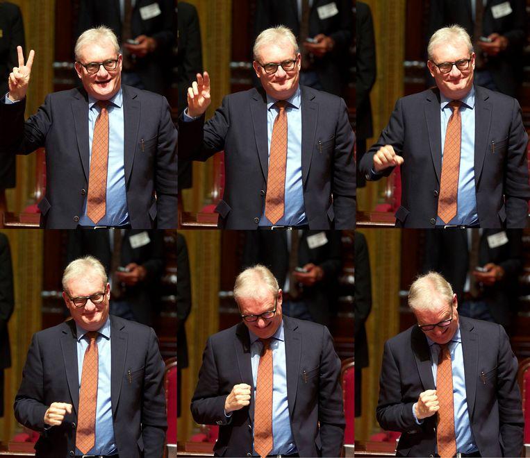 Pol Van Den Driessche (N-VA) legt de eed af in de Senaat. Beeld BELGA