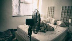 """Slaapspecialist: """"Je slaapt met dit weer beter met een ventilator of airco"""""""