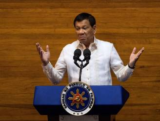 """Duterte trekt zich niets aan van kritiek: """"Drugsverslaafden en dealers mogen kiezen: cel of de hel"""""""