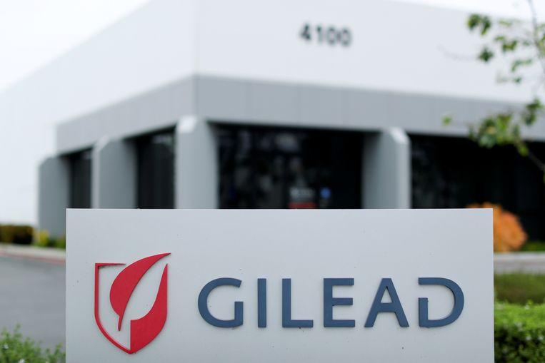 Het kantoor van Gilead in Californië. Het bedrijf kan remdesivir in de VS gaan verkopen voor 3200 dollar per kuur.  Beeld REUTERS