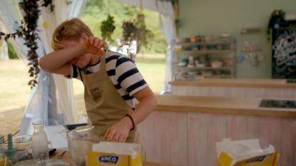 """Het wordt Lucas opnieuw te veel in 'Bake Off': """"Waarom gebeurt dat altijd bij mij?"""""""