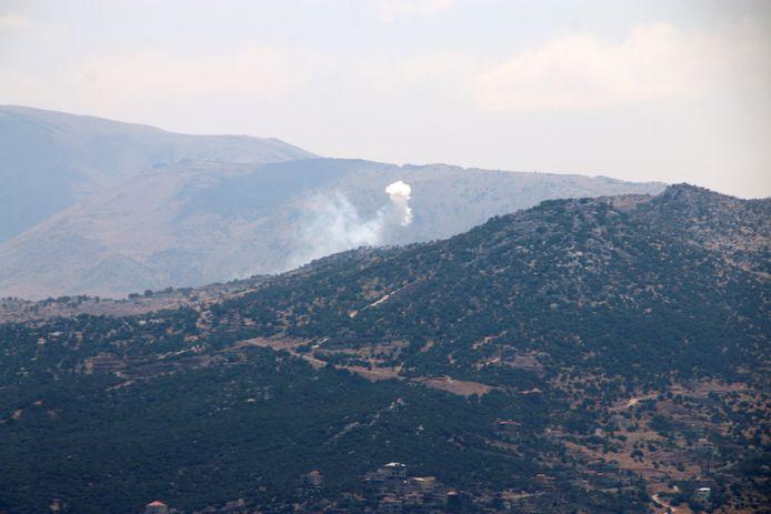 Als antwoord op de raketbeschietingen, bestookte Israël doelen in het zuiden van Libanon.