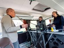 OnderNamen rijdt met touringbus door Amersfoort om aandacht te vragen voor ondernemers in coronatijd