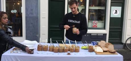 Pindakaasdag in de Czaar Peter: 'Stinken? Het ruikt juist lekker'
