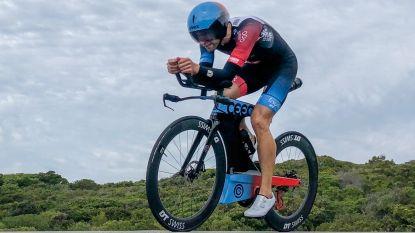 """Aernouts 9de in eerste Ironman na Hawaï: """"Het was een survival in het water"""""""