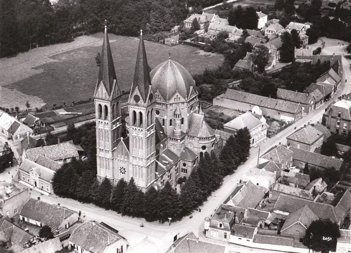 Luchtfoto van het centrum van Geldrop (1923).