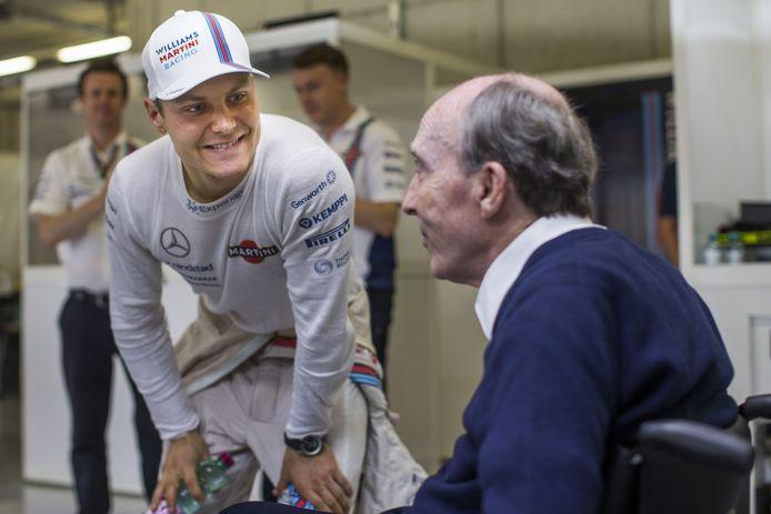 Frank Williams in 2014 naast Valterri Bottas, toenmalig coureur voor Team Williams in de Formule 1.