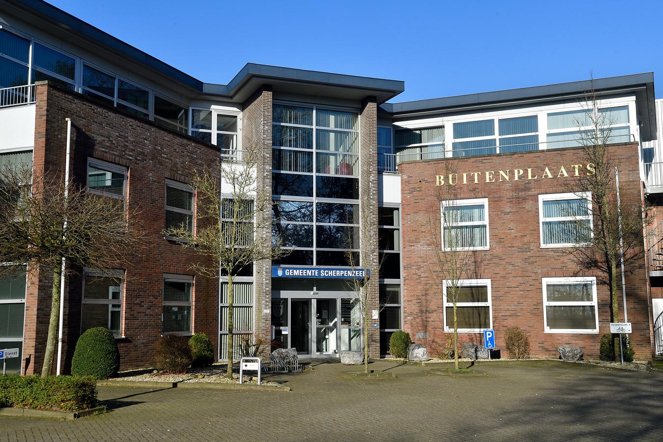 Scherpenzeel houdt op te bestaan als zelfstandige gemeente. Volgens Gedeputeerde Staten van Gelderland moet de gemeente per 1 januari 2023 samengevoegd worden met Barneveld.