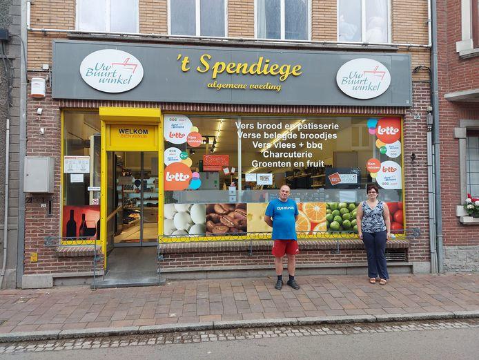 Buurtwinkel 't Spendiege uit Roesbrugge-Haringe heeft kwaliteitslabel 100% West-Vlaams te pakken.