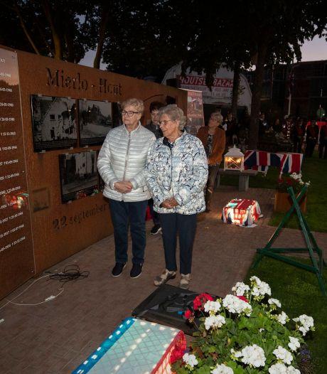 Ook de namen van Tinie (11) en Harrie (26) zijn nu bijgeschreven op het oorlogsmonument in Mierlo-Hout