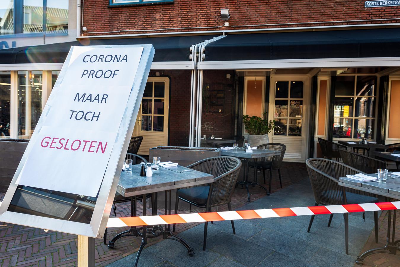 In heel Nederland protesteren horecazaken tegen tegen de coronamaatregelen.