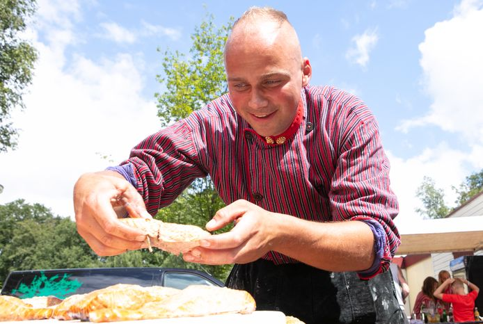 Albert de Borst uit Urk werkt hard om aan vraag naar vis te voldoen