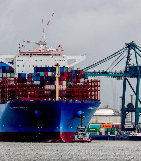 Le premier navire bloqué dans le canal de Suez est arrivé à Anvers