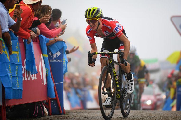 Simon Yates kroonde zich tot winnaar van de Vuelta.