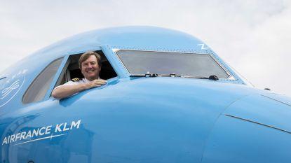 Koning Willem-Alexander haalt brevet voor regeringsvliegtuig