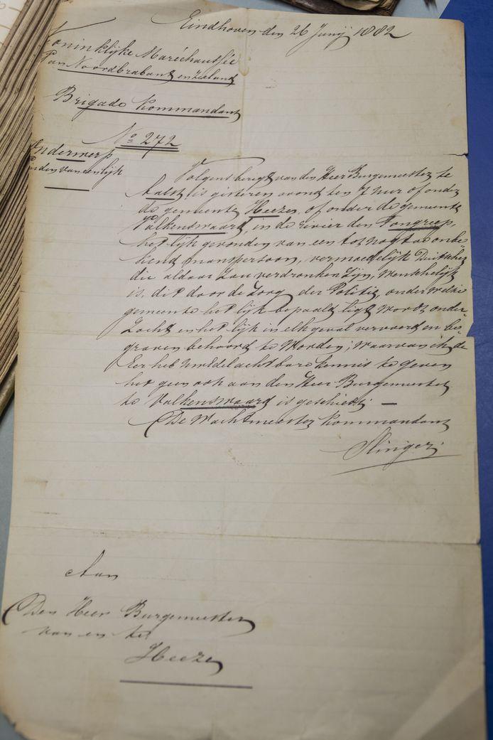 Het handgeschreven briefje uit 1882 aan de burgemeester van Heeze