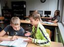 Op het Vester College kunnen ze niet anders dan één grote klas te vormen. Er zijn simpelweg niet genoeg docenten.