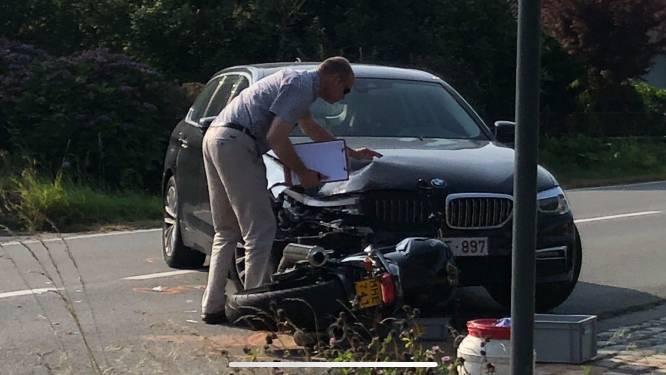 Motorrijder in levensgevaar na verkeersongeval in Assenede