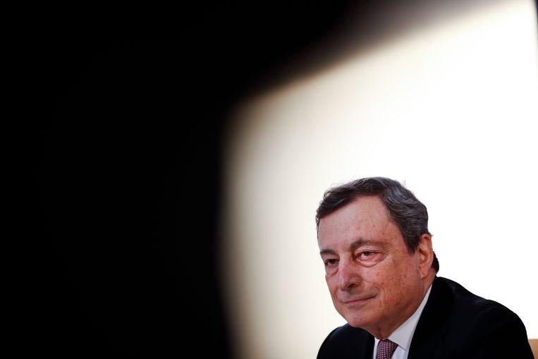 Mario Draghi tijdens een EU-top in Porto. Beeld EPA