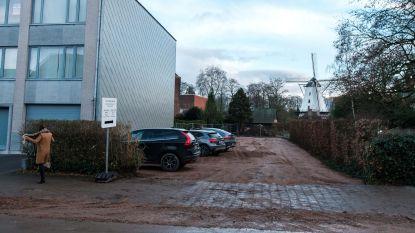 Nieuwe tijdelijke parking tijdens werken Sint-Bavoplein