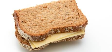 Brummenaar steelt brood en beleg uit supermarkt