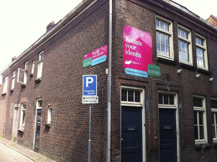 Het pand Walpoort 3 in de Bossche Uilenburg is in beeld voor onder meer Bed & Breakfast.