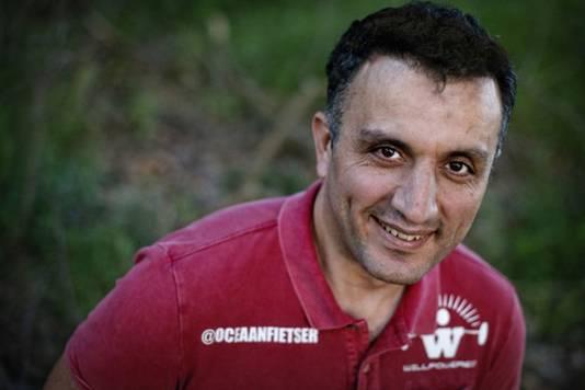 Oceaanfietser Ebrahim Hemmatnia (39) uit Den Dolder