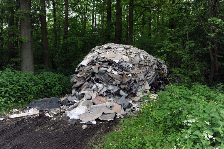 De Wijnegemhofstraat in Kortenberg  is wel vaker het toneel voor sluikstort. In 2012 werd er een hoop bouwafval gedumpt.